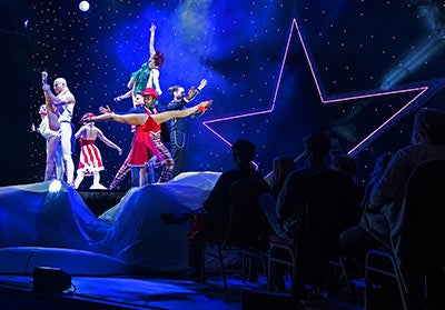 Cirque Christmas.A Magical Cirque Christmas Sevenvenues